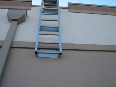 "3/8"" x 2-1/2"" 410 stainless steel large diameter tapcon - concrete - ladder"