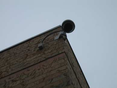 "3/8"" double expansion anchor - brick - surveillance camera"